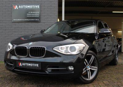 BMW 118i Sport Line €13.880